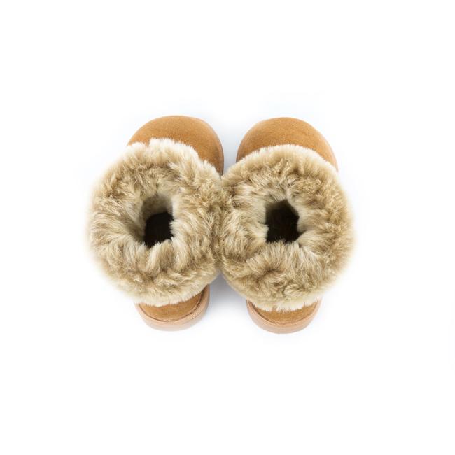 Bottes cox beige marron enfant en peau agneau double fourrée face peau lainée intérieur fourrure naturelle de mouton dessus cuir agneau dt collection importateur vente en gros