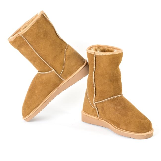 Bottes cox beige marron femme en peau agneau double face peau lainée intérieur fourrure naturelle cuir agneau mouton souple semelle crampon neige après ski moon boots dt collection direct tannerie