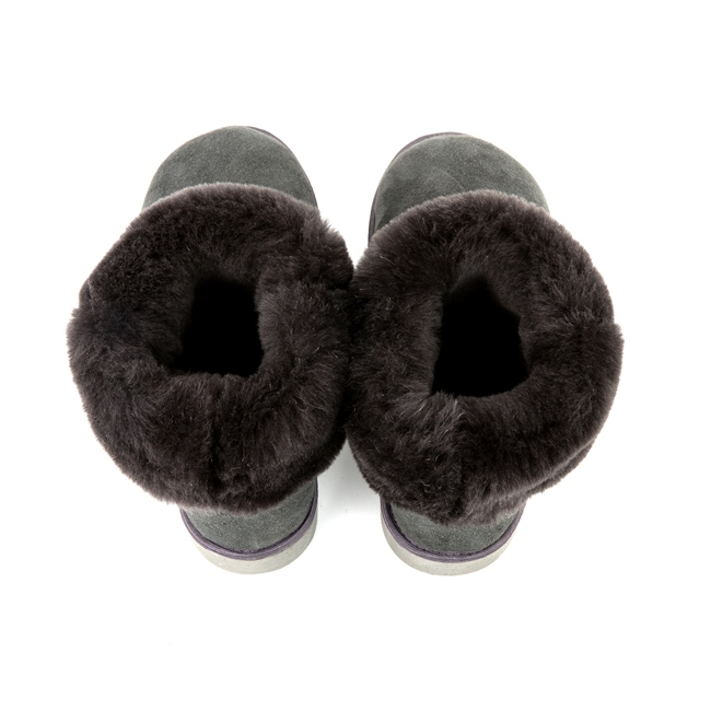 Bottes cox gris grise femme en peau agneau double face peau lainée intérieur fourrure naturelle de mouton dessus cuir agneau mouton souple chaud semelle crampon neige après ski moon boots direct tanne