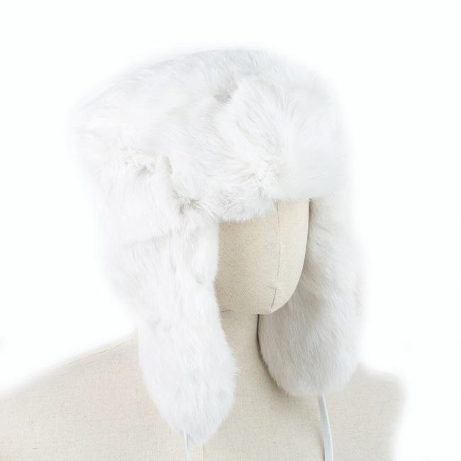 Chapka cagoule bonnet chapeau PAPACHA blanche tout en peau de lapin et fourrure naturelle de lapin blanc grossiste importateur direct tannerie homme chapka russe URSS liner intérieur cuir vente gros