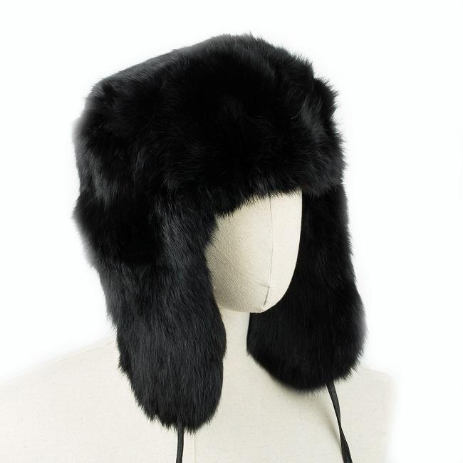 Chapka cagoule bonnet chapeau PAPACHA noir tout en peau de lapin et fourrure naturelle de lapin teintée noire grossiste direct tannerie importateur homme chapka russe URSS vente gros