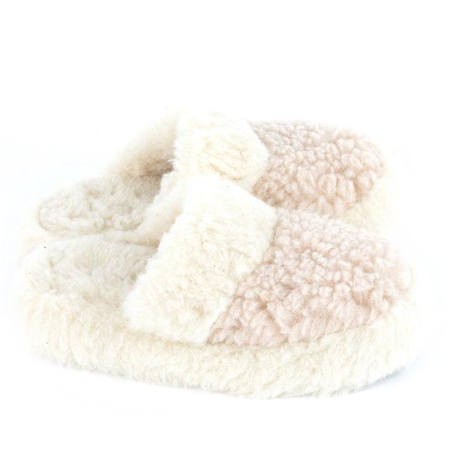 Chaussons écru blanc marron mules savate pantoufles laine naturelle mouton chaude fourré laine lainage pas cher lavable adulte chaud grossiste importateur négociant vente en gros direct tannerie