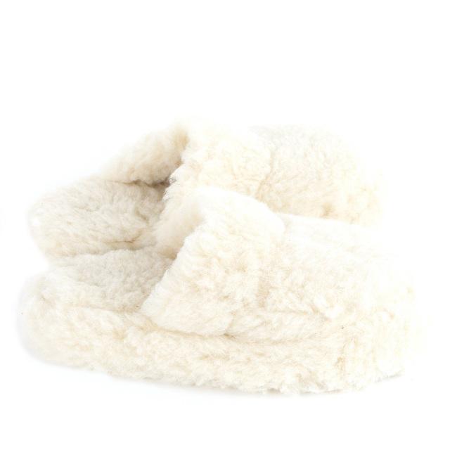 Chaussons écru blanc mules savate pantoufles laine naturelle de mouton chaude fourré laine lainage pas cher lavable adulte chaud grossiste importateur négociant vente en gros direct tannerie