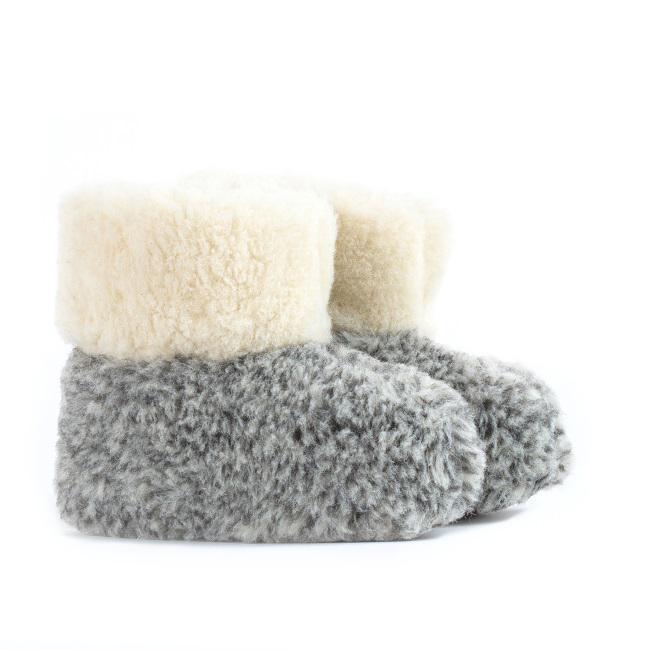 Chaussons gris chiné pantoufles en laine naturelle de mouton bottine chaude fourré lainage pas cher lavable enfant chaud léger sans semelle douce intérieur laine direct tannerie grossiste