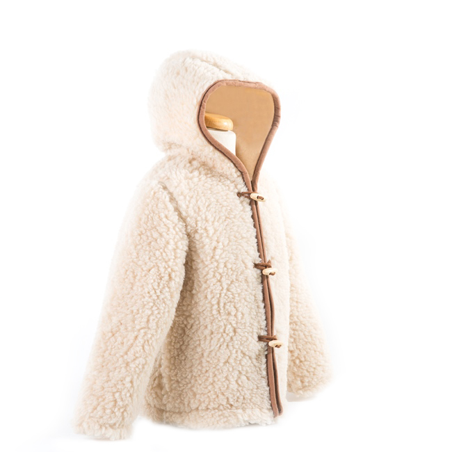 gilet en laine de mouton avec capuche mixte enfant intérieur laine naturelle de mouton beige fourré marron écru lainage veste cardigan manteau pull manches longues mouton berger direct tannerie