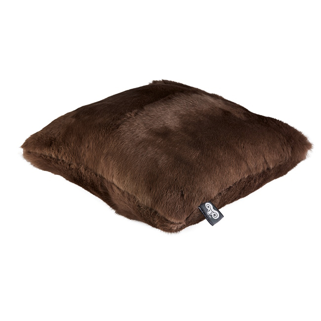 housse de coussin en peau de lapin teinté marron clair chataigne 40x40 double face dt collection direct tannerie grossiste fournisseur fabrication france francaise p