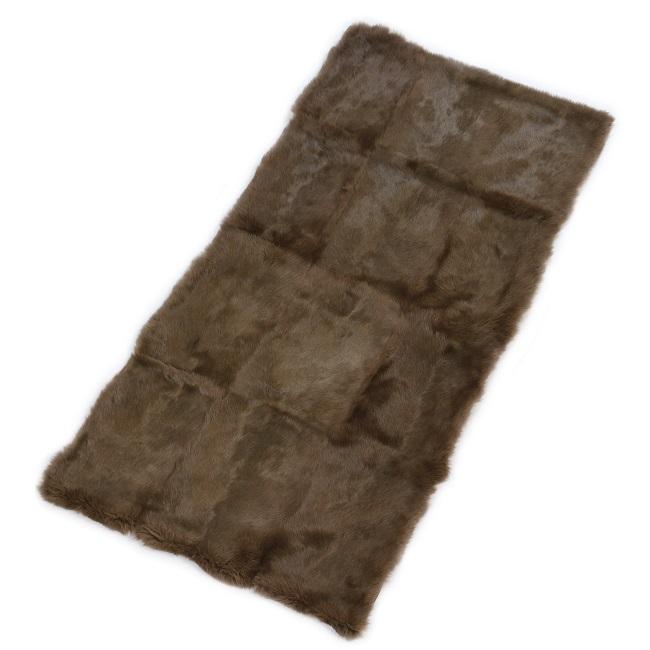 nappette en dos de lapin pleine peau teintée marron brun chataigne tapis fourrure grossiste importateur dt collection direct tannerie