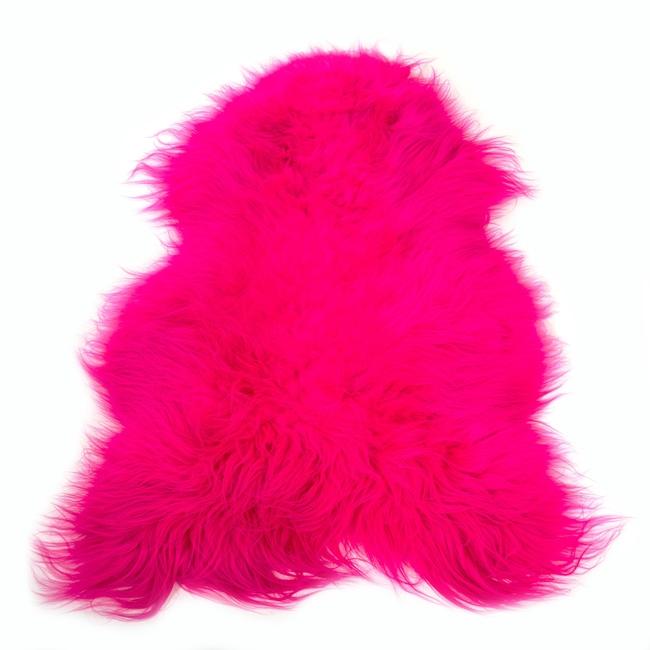 Peau de mouton islandaise teintée rose tapis descente de lit tapis en laine naturelle chambre fille rose dt collection direct tannerie grossiste