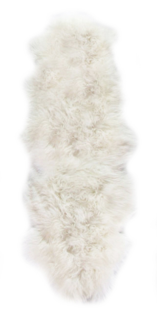 peaux de mouton assemblée en duo tapis en laine naturelle direct tannerie dt collection importateur grossiste décorateur vente en gros fournisseur france