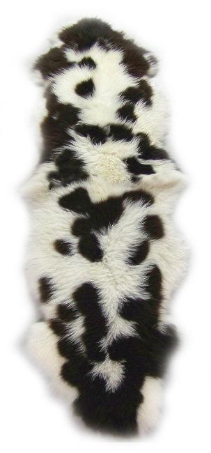 peaux de mouton islandaises jacob tachetées assemblées en duo tapis importateur direct tannerie grossiste dt collection trader fourrure vente gros france