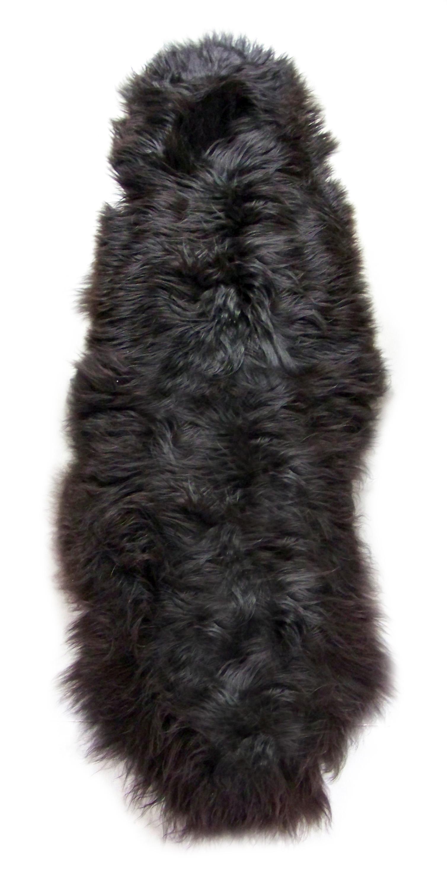 peaux de mouton islandaises noires assemblées en duo poils longs direct tannerie importateur négociant trader fourrure tapis décoration dt collection