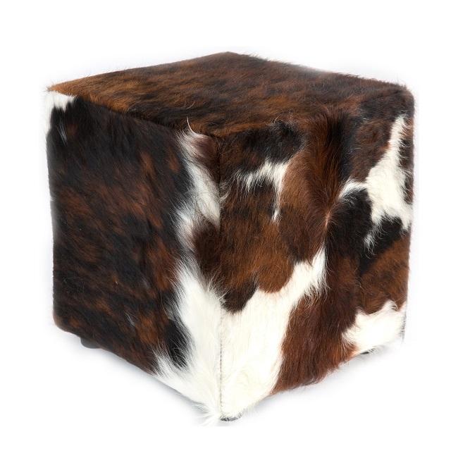 Pouf en peau de vache exotique normande marron noire blanche assise en mousse à mémoire de forme confortable léger vrai peau de bête cuir naturel chaise banc assise dt collection importateur