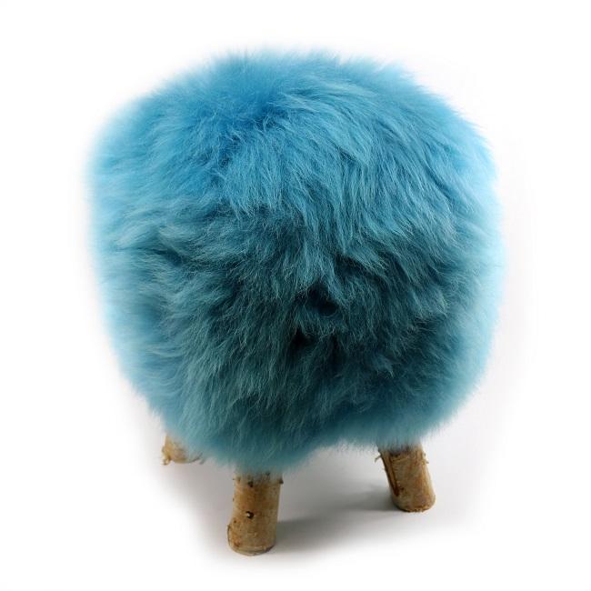 tabouret pouf en peau de mouton bleu turquoise grossiste importateur direct tannerie vente en gros poil ras p