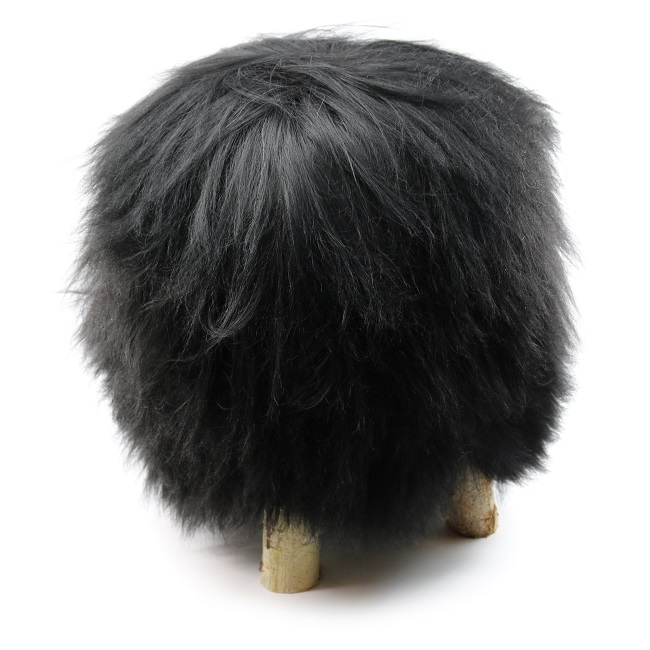 tabouret pouf en peau de mouton grossiste importateur direct tannerie vente en gros noir noire naturelle poils longs islandais p