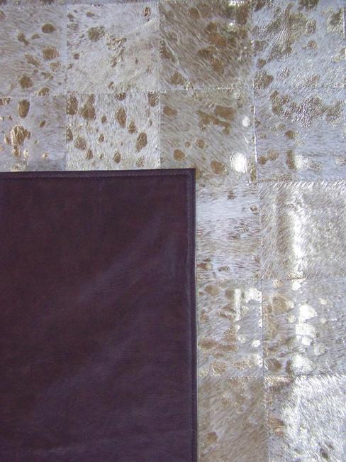 Tapis en patchwork peau de vache cuir acidé or direct tannerie