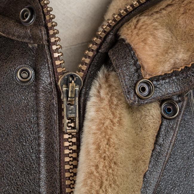Veste courte en peau cuir marron vieilli agneau double face intérieur fourrure naturelle camel mouton bombardier homme blouson zip capuche vraie fourrure finnraccoon fermeture