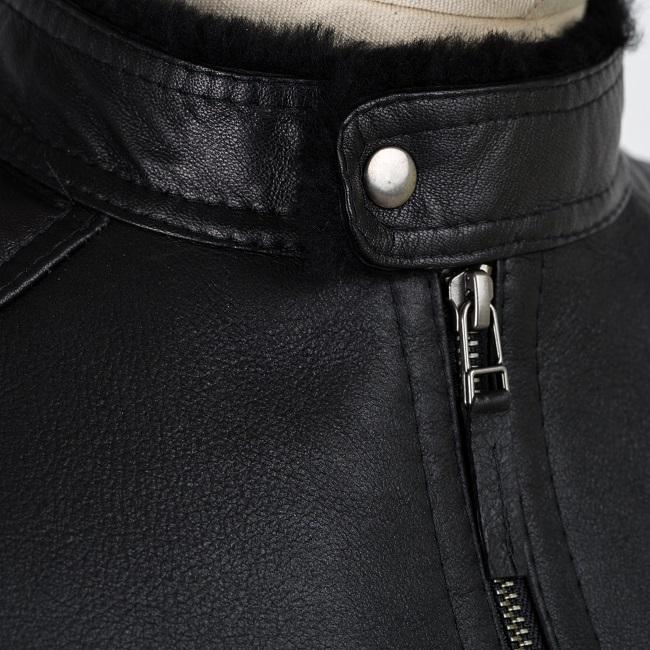 Veste courte en peau cuir noir agneau double face intérieur fourrure naturelle noire mouton bombardier homme blouson zip dt collection